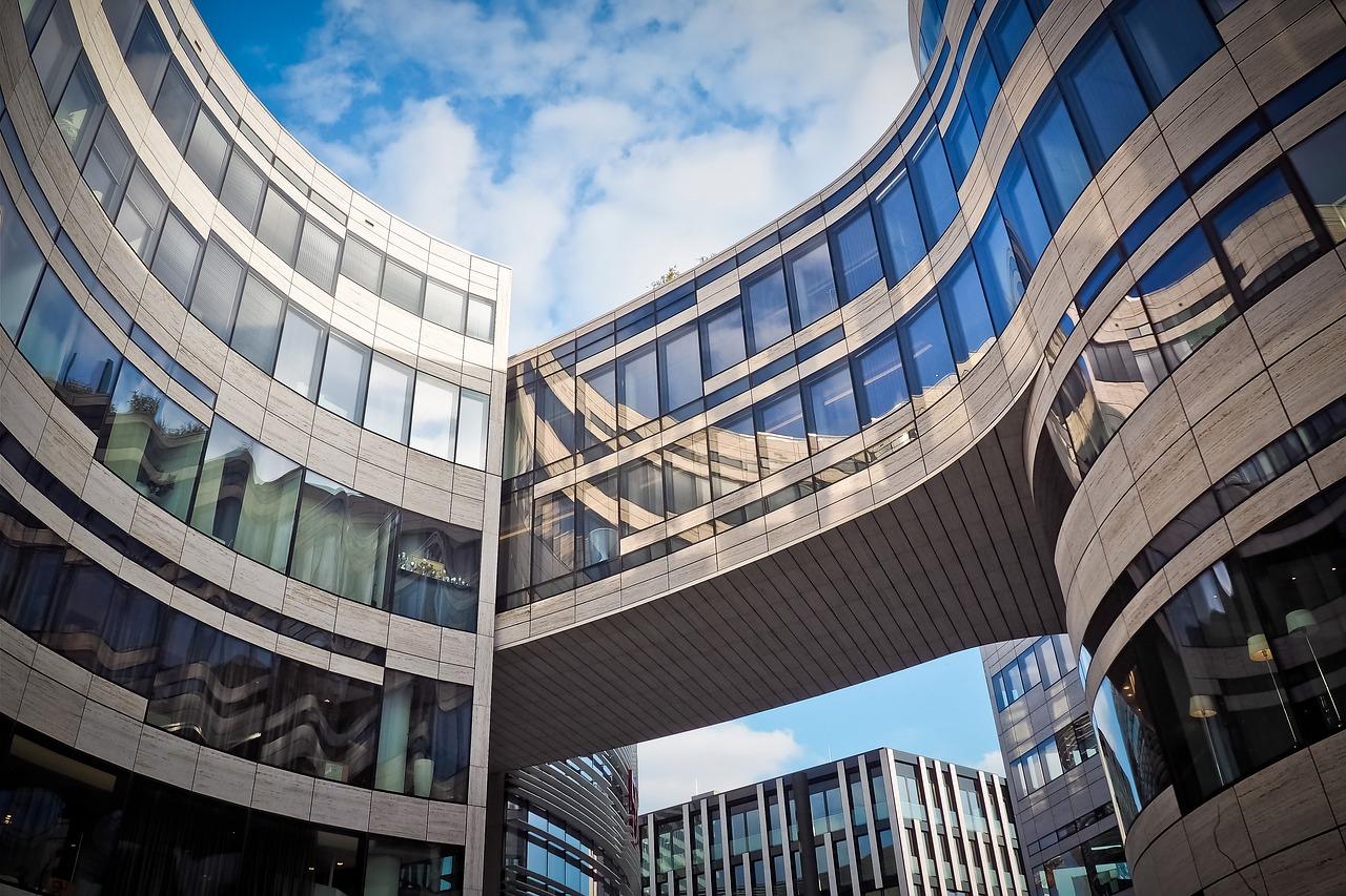 firma-budynek2